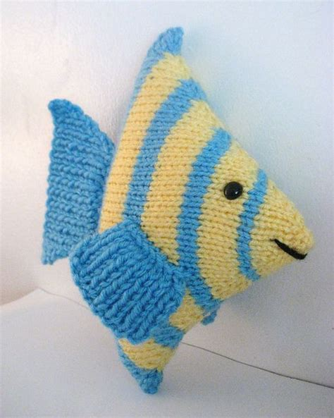 fish knitting pattern free fish knit pattern sea creature patterns