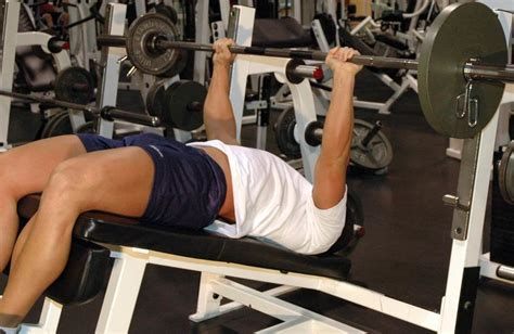 decline bench bodybuilding what is the best workout for increased balance