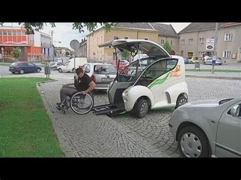 elbee  vehiculo  personas  discapacidad fisica