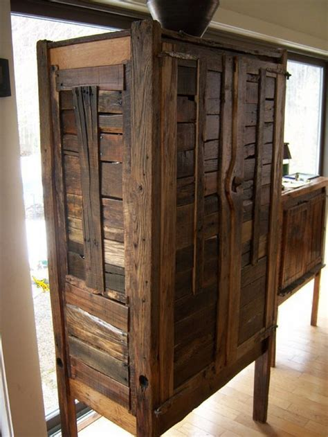 Furniture Made Of Reclaimed Wood by Diy Projects Made With Recycled Pallet Recycled Things