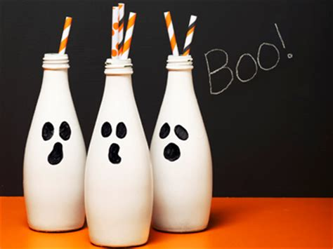 how to make halloween decorations at home 12 easy to make diy halloween home d 233 cor ideas