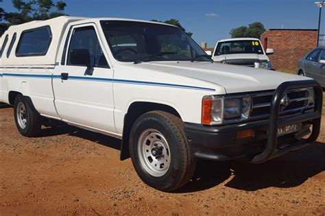 Toyota Hilux 2 4 D 1994 Toyota Hilux 2 4 D Single Cab Hips Cars For Sale In
