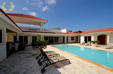 4 bedroom rentals 4 bedroom villa rental republic villa rentals
