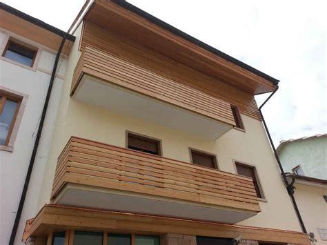 rivestimenti esterni legno rivestimenti esterni in legno verona tetti in