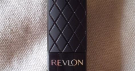 Lipstik Revlon Crimson beautifully glossy revlon crimson colourburst lipstick