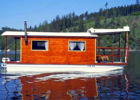 living on a boat vs house boat ideas shantyboatliving