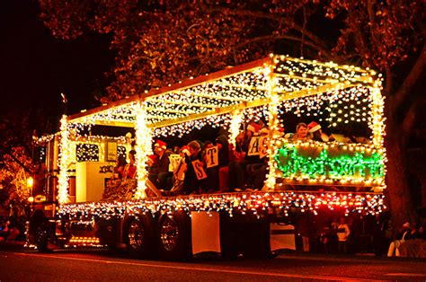 10 best christmas parades in west virginia 2016