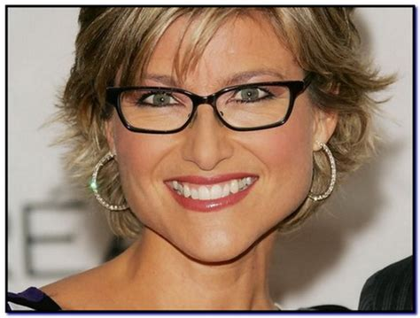 Hairstyles For 50 With Eyeglasses by Hair Styles For 50 With Glasses