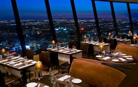 cn tower restaurants 9 amazing dining options near the