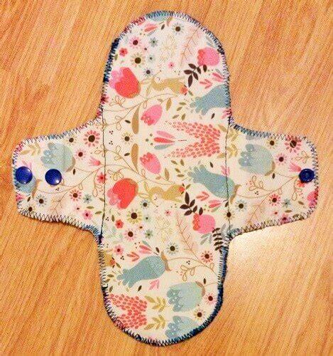 Handmade Sanitary Pads - make your own cloth sanitary pads sewing bee fabrics