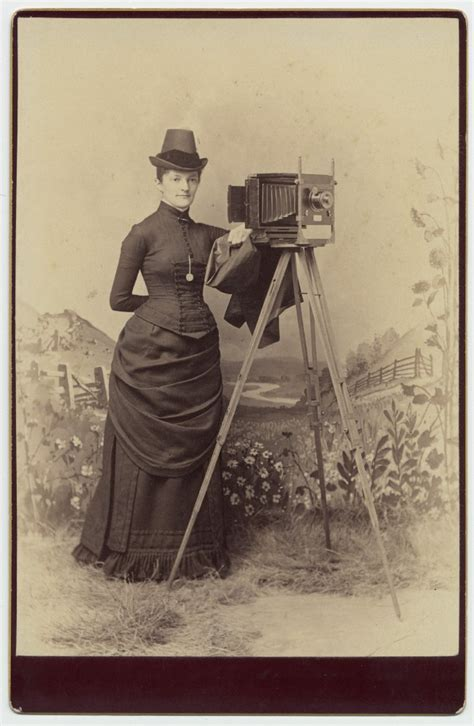 state of the a photographic history of the integrated circuit telling the history of photographic processes from daguerreotypes to digital