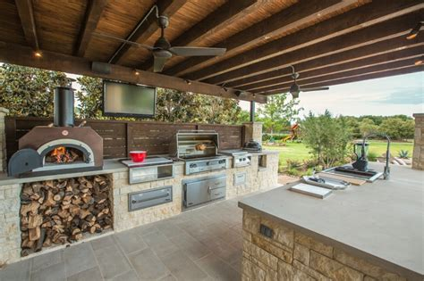 Outdoor Kitchen Designs With Pizza Oven | beautiful outdoor kitchen ideas for summer freshome com