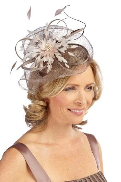 Hairstyles For Hats And Fascinators by How The Of The Can Get A Modern Wedding Look