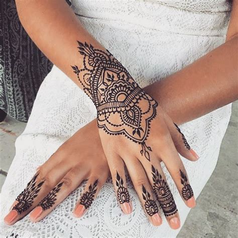 wrist and finger tattoos henna4 u on instagram henna henna4 u