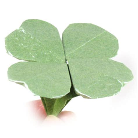 Origami Four Leaf Clover - how to make a four leaf origami clover st s day