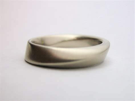 gideon weisz sculpture jewelry