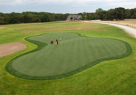 backyard golf hole best backyard golf holes photos golf digest
