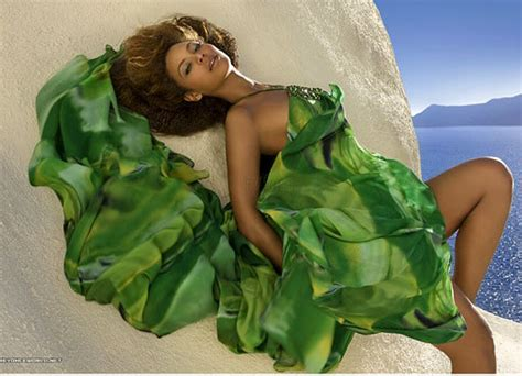 Beyonces Clothing Range Aimed At Normal by Beyonce Photoshoot For 2010 Line Of House Of Dereon