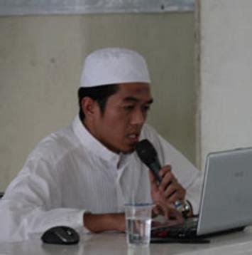 yusri isnaini ahok nur ichwan isnaini media islam provokator munculnya