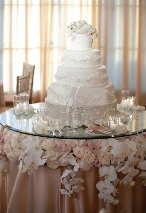 wedding cake table ideas stylish wedding cake table decorations