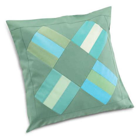 Quilt Patterns For Pillows by Rail Fence Pillow Allpeoplequilt