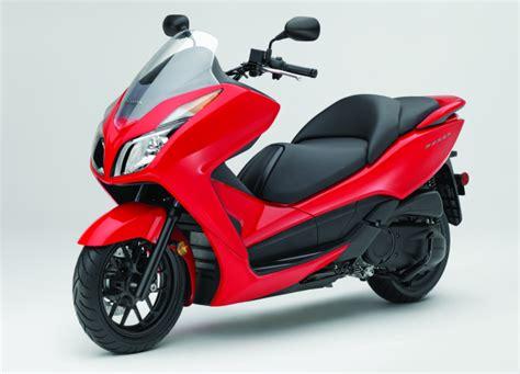 honda forza review 2014 honda forza scooter ride review gearopen