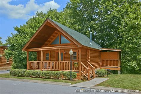 one bedroom cabins in pigeon forge tn one bedroom cabins in gatlinburg pigeon forge tn