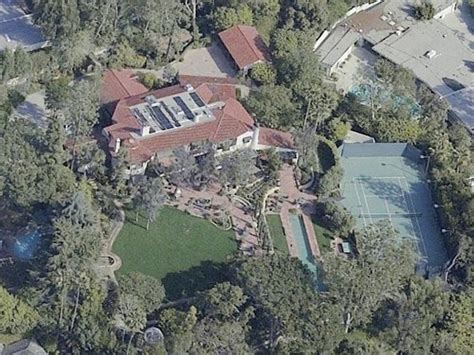 jeff bezos house tech millionaire vacations business insider