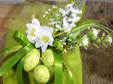 mazzolino di fiori mazzolino di fiori artificiali con fiocco in rafia 54 33