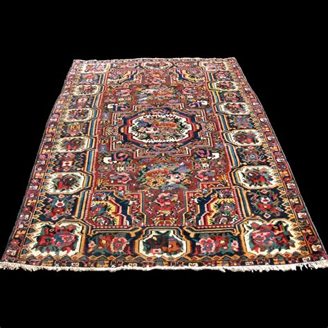 tappeto persiano antico tappeto persiano antico bakhtiari fara downbeh carpetbroker