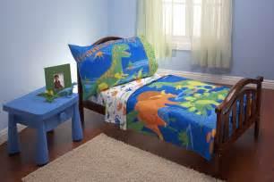 Boys dinosaur bedding bring dinosaurs to the bedroom