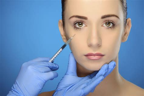 Plastic Surgery by Cosmetic Dental Surgery Is The Missing Link When It Comes
