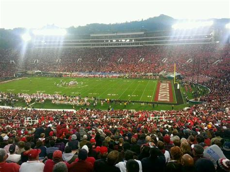 rose bowl section 15 25 best ideas about rose bowl seating on pinterest rose