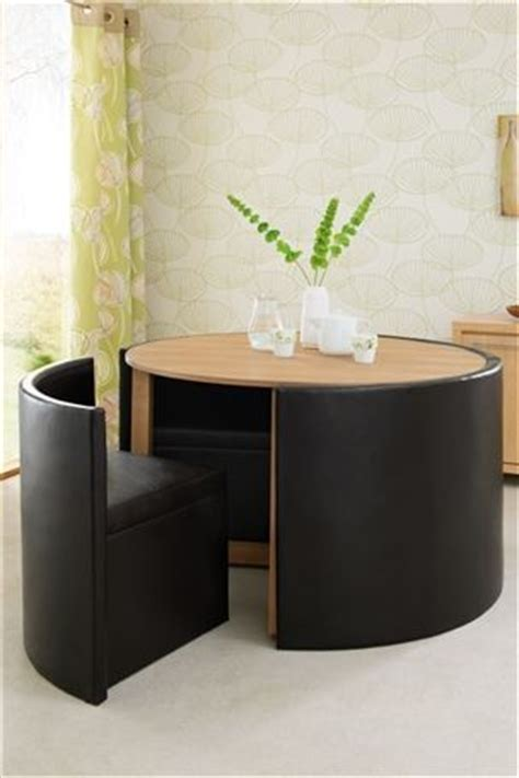 great seating area for small spaces or just when you want