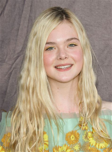 long layered blonde hair elle hairstyles elle fanning beauty riot
