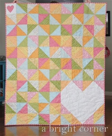 pattern for triangle baby quilt quarter square triangle quilt patterns quilts