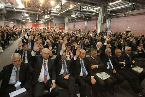 popolare emilia romagna azioni assemblea bper il 98 vota la trasformazione da