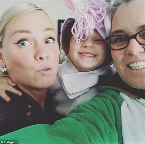 Rosie And Howard And Make Up by Rosie O Donnell Reveals She Is Dating Rooney