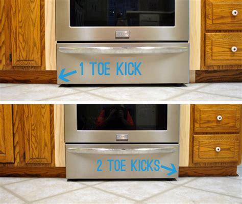 Kitchen Cabinet Toe Kick Options by Kitchen Cabinet Toe Kick Trim Savae Org