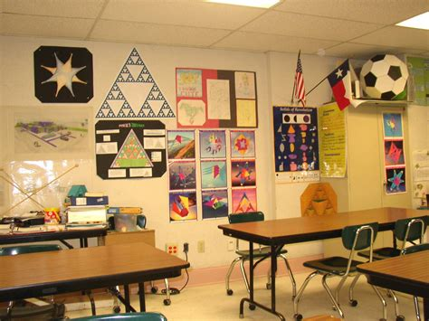 5th grade math classroom decorating ideas doing activity