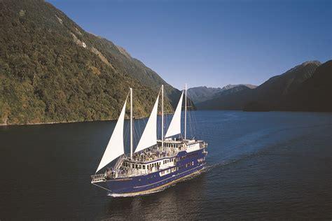 doubtful sound boat trip real journeys doubtful sound overnight cruises