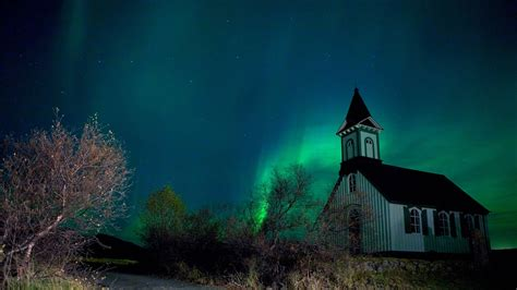christmas lights northern northern lights in iceland greenland 8 days 7 nights