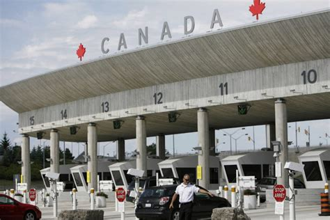 bureau service canada canada s spies expecting a budget boost the
