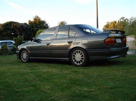 1995 infiniti j30 overview cars com 1995 infiniti g20 overview cargurus
