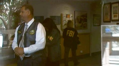 Federal Search Warrant Fbi Serves Federal Search Warrants At Palm Springs City Abc7