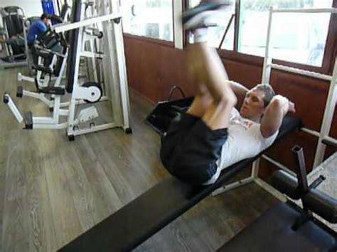 Exercice Abdo Banc Incliné by Exercice De Musculation Des Abdos Bas Relev 233 De Jambes