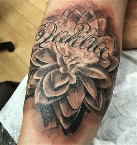 delilah tattoo flower tattoos related keywords flower