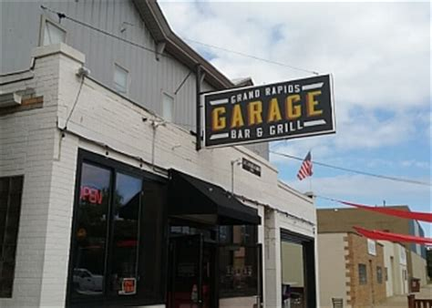 Garage Bar And Grill 3 Best Sports Bars In Grand Rapids Mi Top Picks 2017
