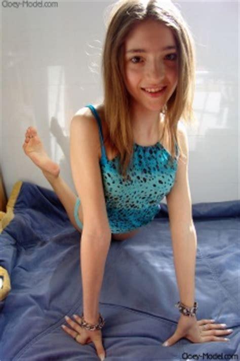 viper girls bobbie special set webeweb webe cloey model cloey set 39 x 137