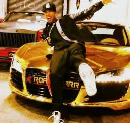 tyga s gold and audi r8 cars